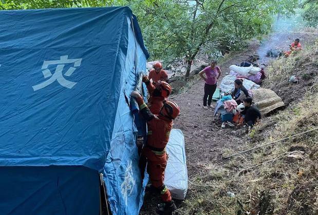 Al menos 3 muertos y 27 heridos tras un terremoto de magnitud 6,4 en China