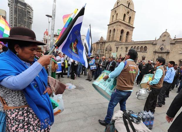 Evo Morales se presenta a senador en Bolivia para las elecciones de mayo