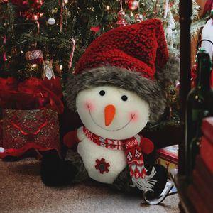 """La propuesta """"Merry Magical"""", tiene astronautas, dulces, elfos brillantes y Papá Noel, con un matiz jovial, alegre e infantil."""