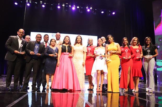 Ministerio de la Juventud entrega su Premio Nacional a 14 jóvenes