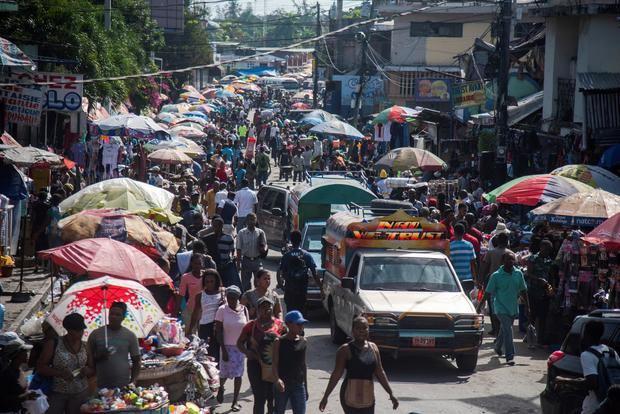 R.Dominicana pondrá en marcha un carné para haitianos de la zona fronteriza