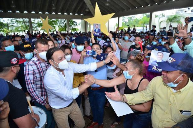 Abel Martínez insta al Gobierno a buscar soluciones a los problemas del país.