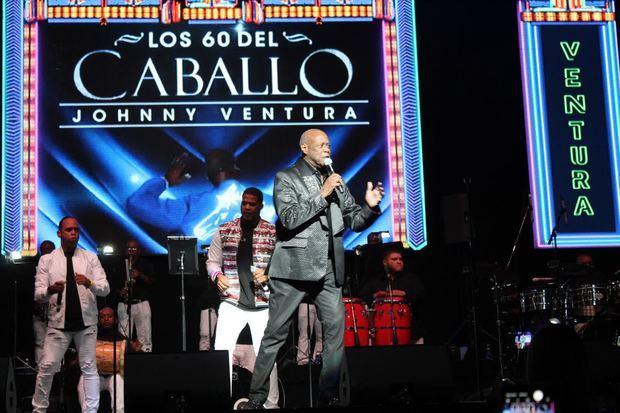 Johnny Ventura celebra gran fiestón en el Coliseo de Puerto Rico