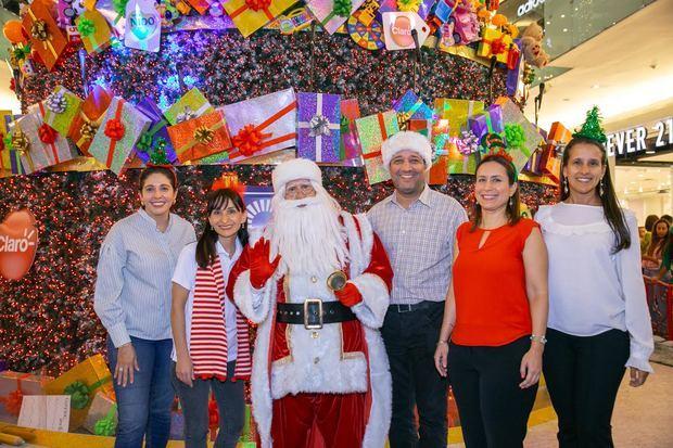 Ágora Mall celebra la magia de la Navidad con un viaje virtual en el trineo de Santa