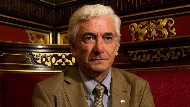 Miguel Ángel Puig Samper es Doctor en Biología, especialista en Historia de la Ciencia.