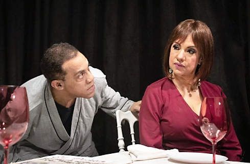 """""""César, tenemos que hablar"""" reinicia en el teatro del Centro Cultural Banreservas"""