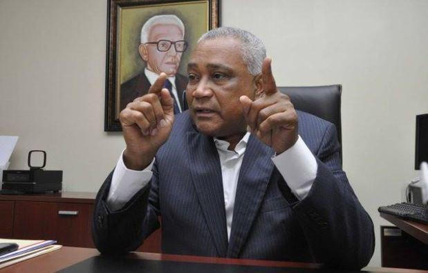 Senador Eddy Mateo vaticina triunfo del PLD y aliados este domingo