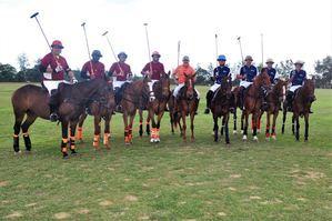 Conjuntos participantes en el Torneo Nacional de Polo, en el primer partido de sus competencias en terrenos del Sierra Prieta Polo Club.