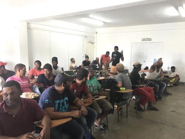 Embajada Dominicana en Jamaica, informa del retorno a la RD de 17 pescadores que fueron liberados en las Bahamas