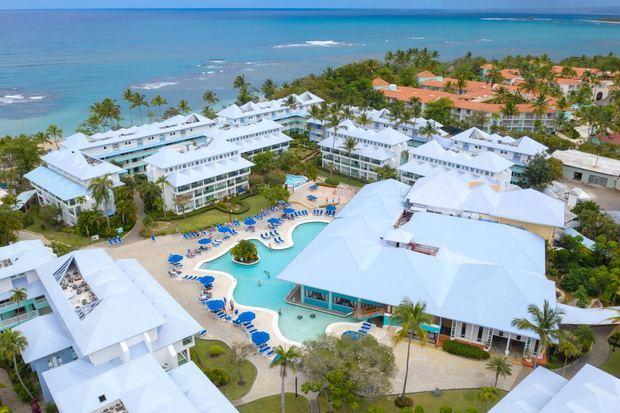 Hotel Grand Paradise desde vista desde otra área.