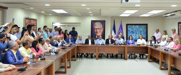 Domingo Contreras exige a la JCE conteo de votos sufragados hasta el momento suspender elecciones