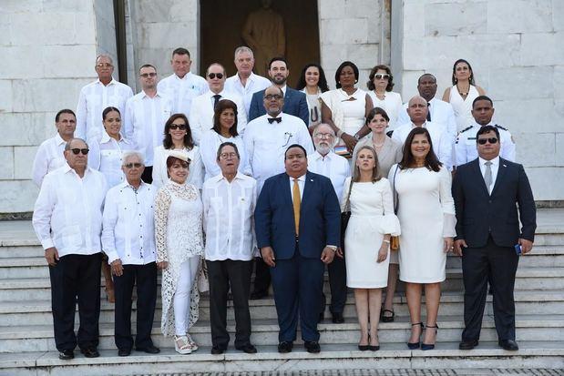 Cuerpo Consular realiza ofrenda en conmemoración de su 67 aniversario