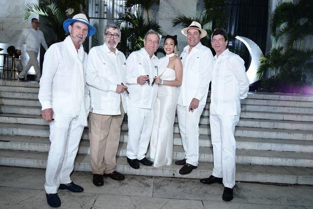 Litto Gómez, Manuel Quesada, Hendrik Kelner, Nirka Reyes, Guillermo León y Jochy Blanco.