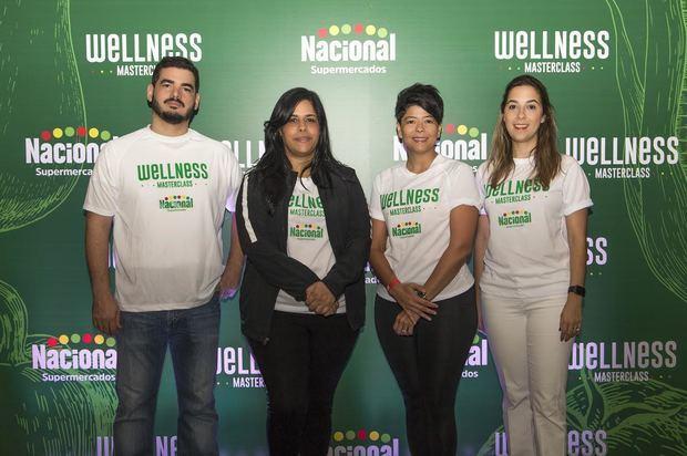 Cayacoa Vargas, Madelyn Martínez, Cinthia Antonio y  Amalia Vega.