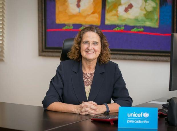 Consejos de UNICEF para cuidar a los niños y niñas que se están quedando en casa por COVID-19