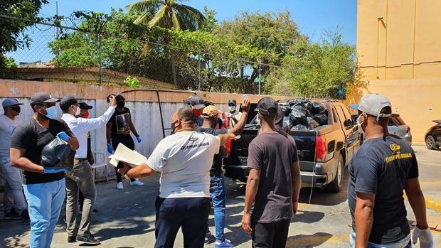 Salseros Unidos RD va en ayuda de las asociaciones de DJ´S.