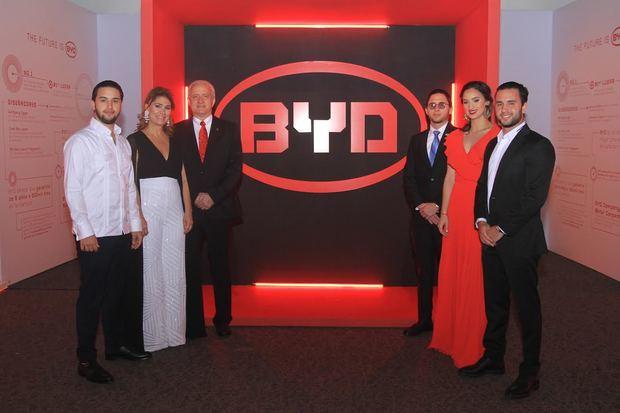 Peravia Motors promueve uso de los vehículos electrónicos BYD