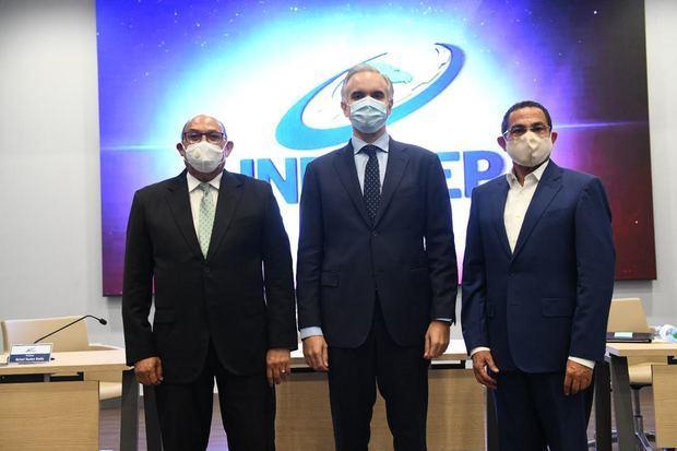 Rafael Santos toma posesión como nuevo director general del INFOTEP