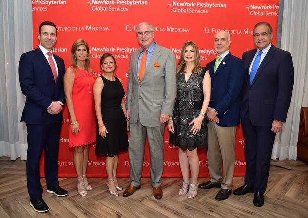 Andrea D Aquino, Jaqcueline Gonzalez, Cristine Segarra, David Leslie Carr-Locke, Nacy Velasquez, Fernando Contrera, Julio Amado Castaños.