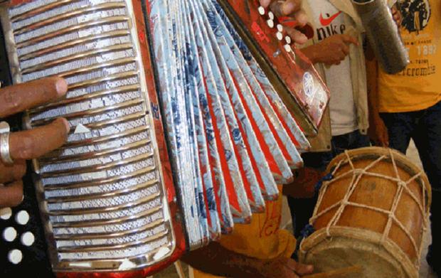 """Músicos y técnicos recibirán esta semana las primeras ayudas gracias a """"Resistiré República Dominicana""""."""