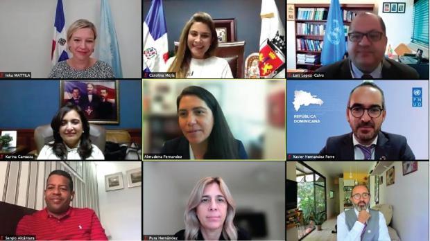 Director Regional del PNUD entregó a la alcaldesa Carolina Mejía plataforma de interacción ciudadana