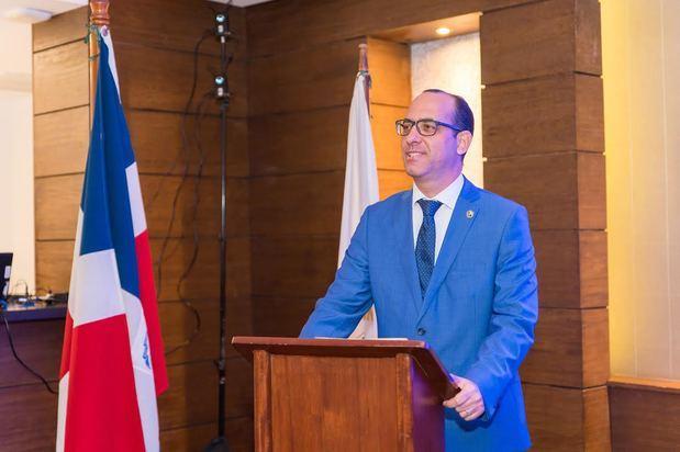 Grimberg aboga por incentivos que fomenten crecimiento sector de seguridad privada
