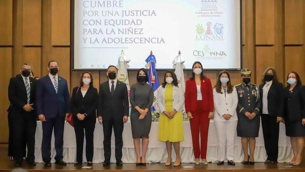 """Celebran primera """"Cumbre por la Justicia y Equidad para Niños, Niñas y Adolescentes en RD"""""""