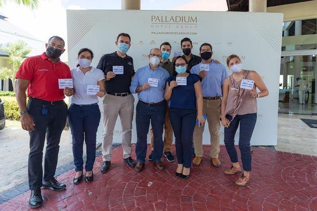 Palladium Hotel Group vacuna a su personal hotelero de República Dominicana