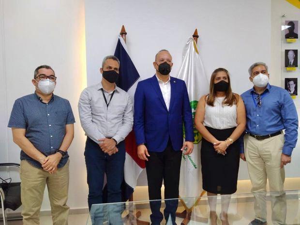 Ulises Rodríguez asegura en La Vega que RD marcha hacia la industrialización