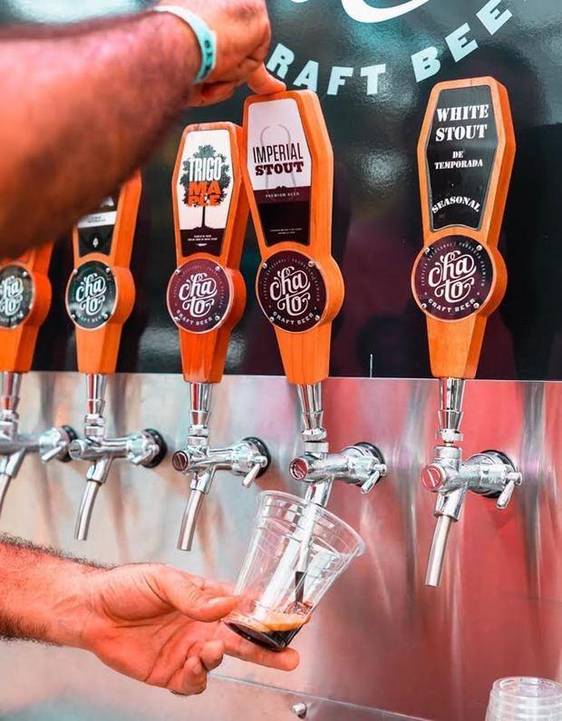Venta de cerveza artesanal dominicana bate record de producción y venta