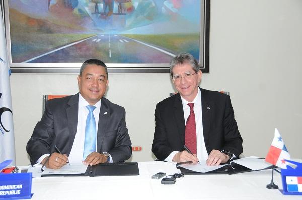 RD y Panamá acuerdan reducir emisiones de CO2 causadas por aviación