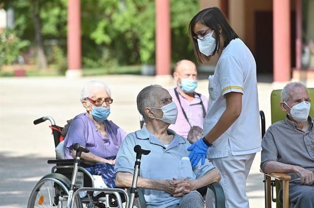 La ONU denuncia que las personas mayores siguen olvidadas pese a su protagonismo en la pandemia