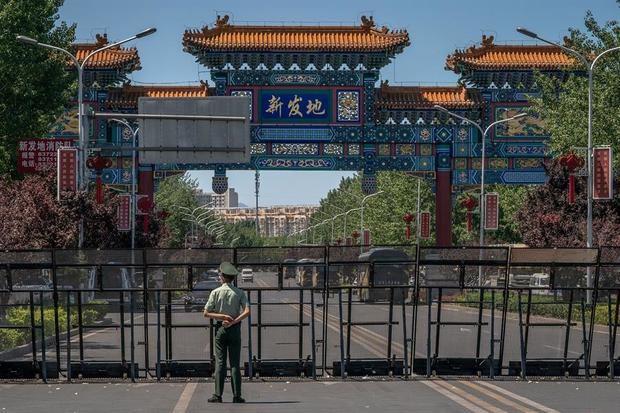 Pekín extrema las medidas contra un rebrote del virus que deja ya 51 casos.