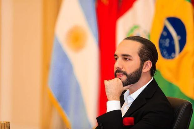 """Bukele cita a diplomáticos para hablar sobre supuesto """"golpe parlamentario"""""""
