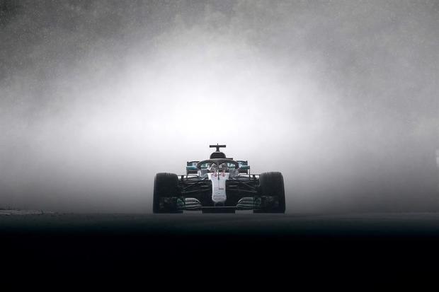 El inglés Lewis Hamilton (Mercedes) apunta al récord del alemán Michael Schumacher, único séptuple campeón, en un Mundial de Fórmula Uno marcado por la pandemia del covid-19 y que arrancará este fin de semana en Austria.