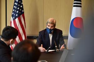 China y EE.UU. se comprometen a reforzar la implementación del acuerdo de París.