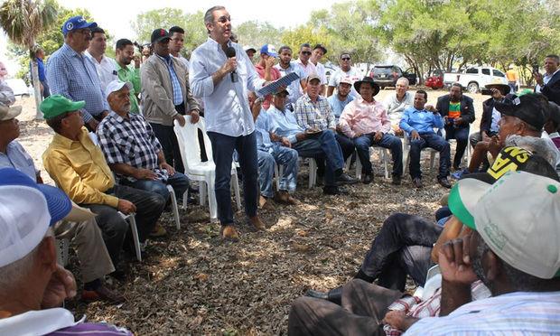 Abinader reclama apoyo para los afectados por la sequía