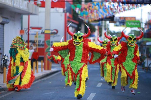 El Desfile Nacional del Carnaval de Santo Domingo 2020 será celebrado el 8 de marzo