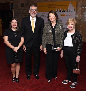 Gabriela Fernández, Enrique Valdez, Aguida del Río y Mercedes Bermúdez.