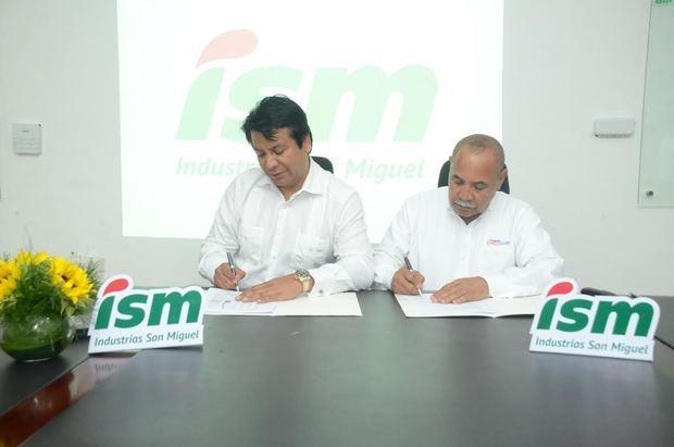 ISM firma acuerdo con la Fundación REDDOM