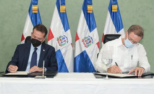 MIREX y MICM trabajarán en conjunto para atraer inversión extranjera a RD