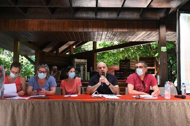Periodistas de Francia celebran asamblea entre sostenibilidad y cacaotales