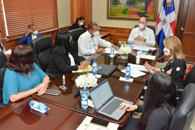 Empresariado expone ante comisión de senadores criterios sobre el proyecto de Ley de Ciberseguridad