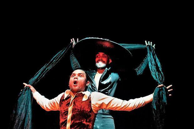 Gerard Duluc es protagonista de El Intruso, una pieza que pasó inadvertida para muchos de los críticos de teatro.