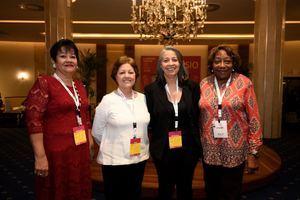 Heidy Grullón, Ariela Duarte, Magnolia Lluberes y Josefina Román.