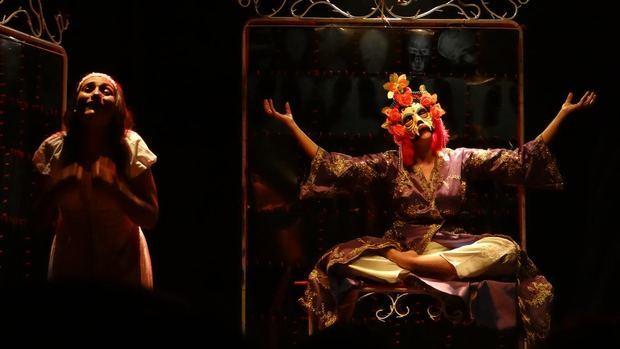 Los 29 años de lucha ya los 26 éxitos Teatro Guloya
