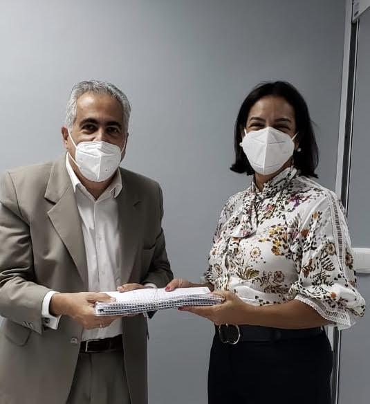 Director de Gestión de Salud de la Población, Dr. Ricardo Elías Mellen y la viceministra de Salud Colectiva, Dra. Ivelisse Acosta.
