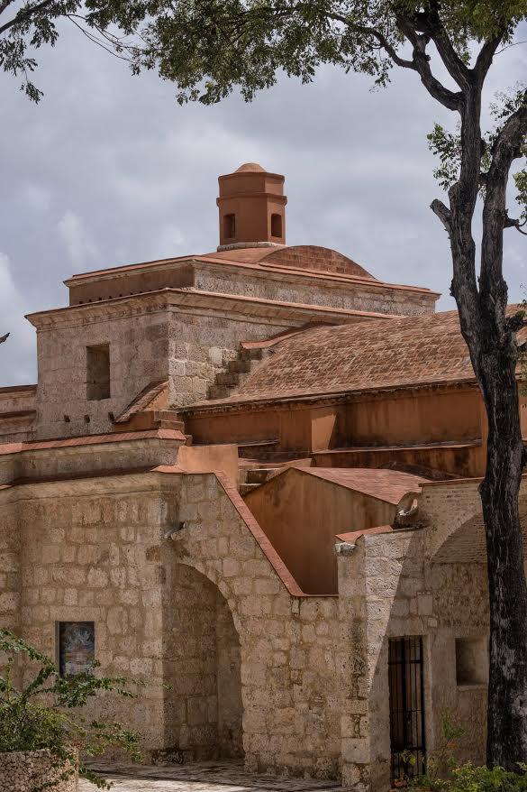 Catedral Castrense Santa Bárbara, Zona Colonial.
