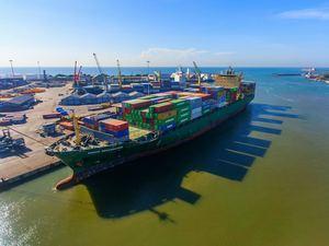Las exportaciones han sostenido la economía.