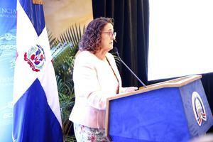 La representante residente del Fondo de las Naciones Unidas para la Infancia  (UNICEF) en la República Dominicana, Rosa Elcarte, resaltó que el trabajo en la reducción del matrimonio infantil tendrá un impacto positivo en el cumplimiento de las metas de los Objetivos de Desarrollo Sostenible (ODS) a los que se ha comprometido la República Dominicana.